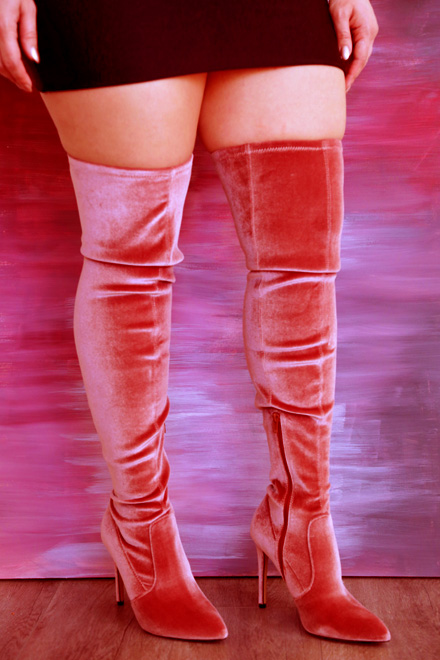 red boots fat legs torlaka 1